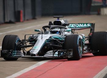 Mercedes F1 W09 EQ Power+(2).jpg