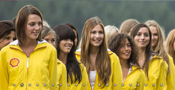 spa grid girls.JPG